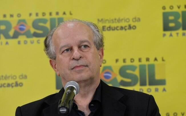 O ministro da Educação, Renato Janine Ribeiro, citou caso de Lorena em discurso na quarta-feira