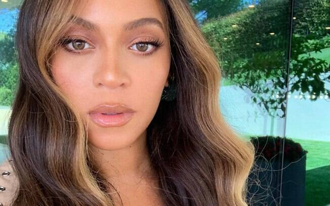 Para ter o cabelo da Beyoncé é preciso apostar em cuidados contínuos que deixem os fios saudáveis e brilhantes