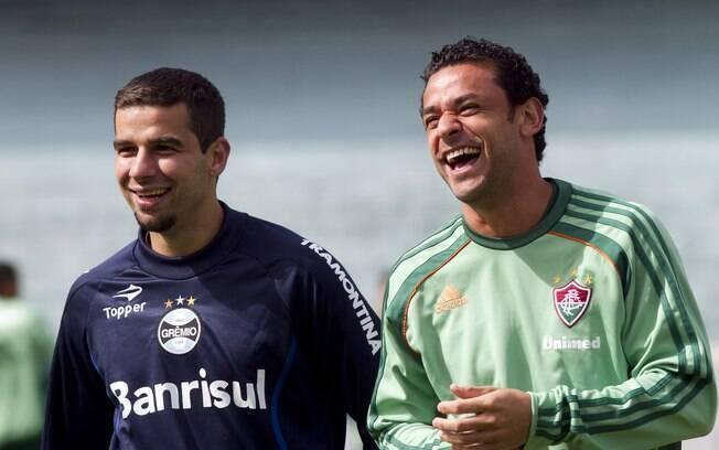 Ex-jogador do Fluminense, André Lima (à esq.)  se reencontra com Fred