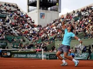 Nadal se garantiu na terceira rodada do Grand Slam francês