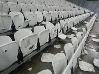 Cadeiras danificadas na Arena Corinthians