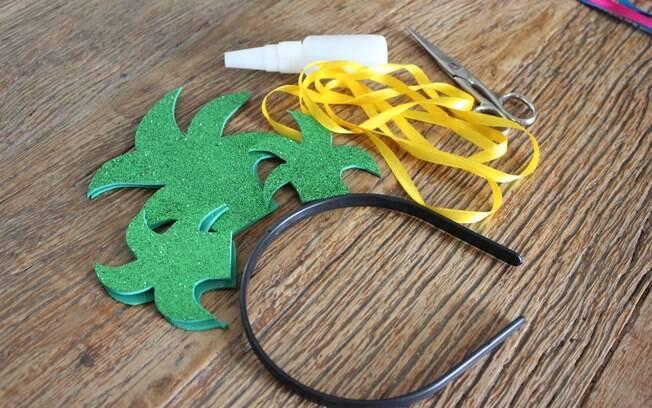 Materias necessários para montar a tiara de abacaxi