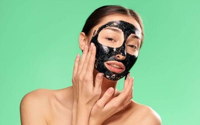 Máscara facial: saiba como escolher a melhor para a sua pele