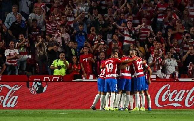 Granada vence o embate contra o Barcelona e assume a liderança da La Liga
