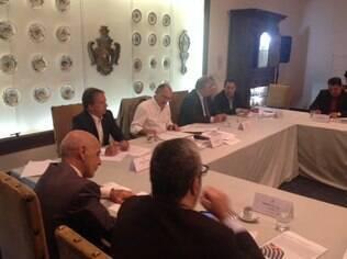 Governador paulista anunciou redução de cargos e de custeio na primeira reunião do ano