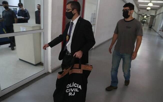 'QG da Propina': agentes da Polícia Civil e do MP-RJ chegam à Cidade da Polícia após busca e apreensão que teve Crivella entre seus alvos