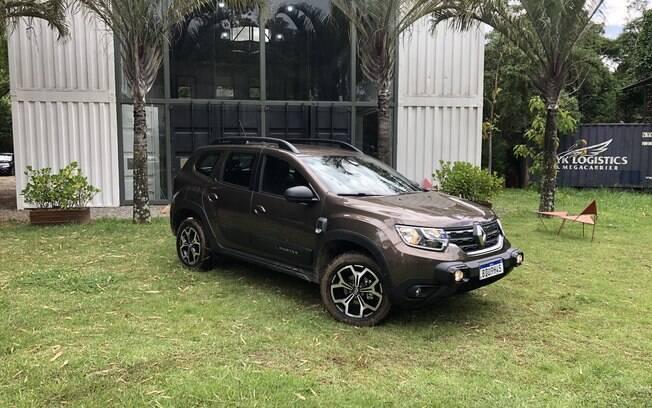 Renault Duster trouxe um problema para a marca francesa. Ele é o melhor SUV da Renault no Brasil, mas não é o mais barato