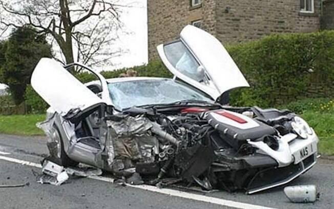 Super Carros - Acidentes Espetaculares