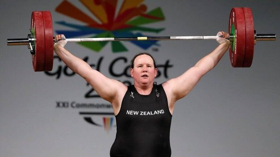 Laurel Hubbard é a primeira mulher trans a competir nas Olimpíadas