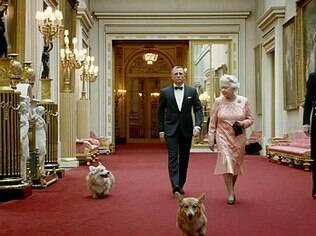 O cão corgi da Rainha Elizabeth que apareceu ao lado dela e de de James Bond durante a cerimônia de abertura dos Jogos Olímpicos