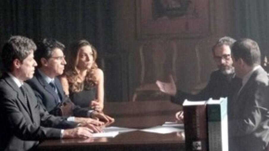 Cris, Jonas e Lourenço depõe ao juiz sobre a guarda de Tiago