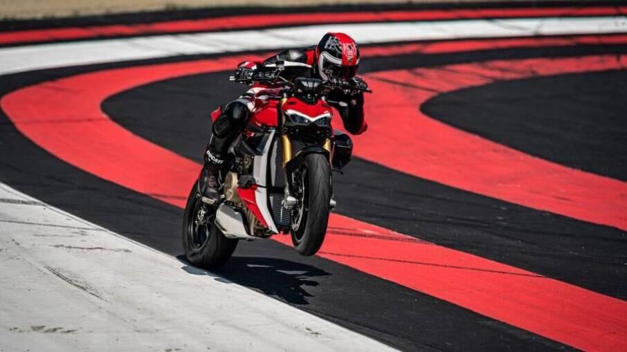 Ducati Streetfighter: lançamento no Brasil foi postergado pelo avanço da pandemia de Covid-19