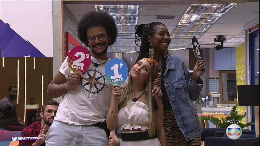 João Luiz, Carla Diaz e Camilla de Lucas
