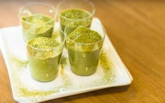 Matcha tem ainda mais benefícios que o chá verde e cabe em diversas receitas, até no brigadeiro