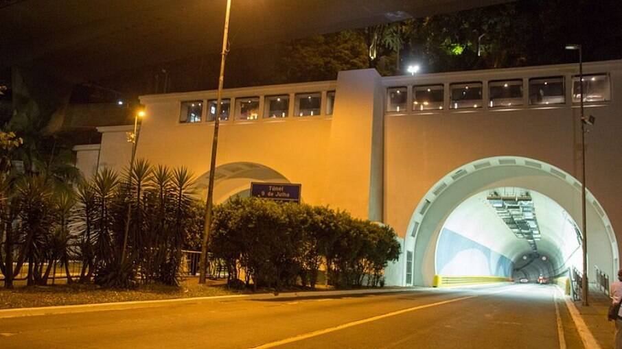 Túnel da Avenida 9 de Julho, em São Paulo