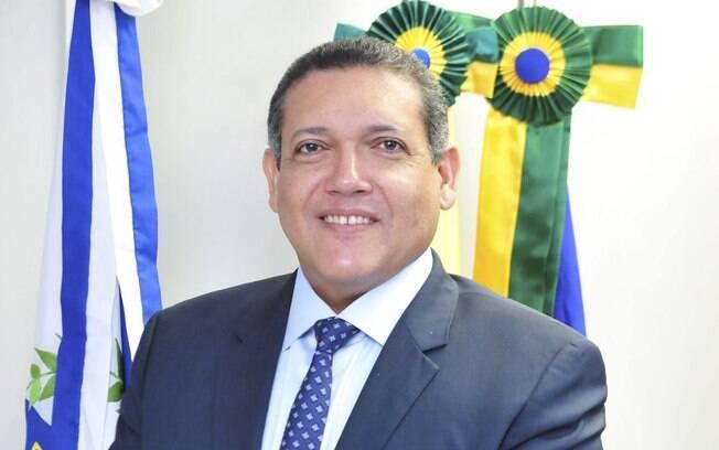 Kassio Nunes Marques tem 48 anos de idade e atua como desembargador do Tribunal Federal da 1ª Região (TRF1) desde 2011