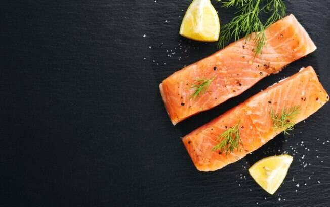 O filé de salmão é um corte mais barato%2C mas continua sendo delicioso
