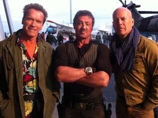 Arnold Schwarzenegger, Sylvester Stallone e Bruce Willis: tragédia no set