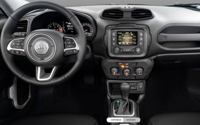 Acabamento escurecido cobre o painel da nova versão do Jeep Renegade