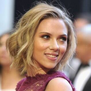 Scarlett Johansson: fotos nuas espalhadas pela web após ataque hacker
