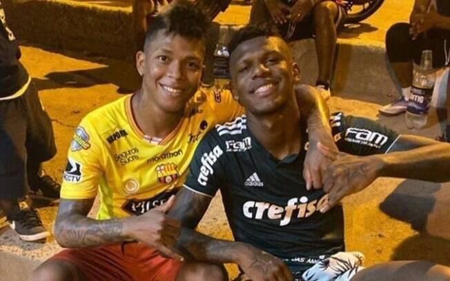 Arboleda aparece com camisa do Palmeiras
