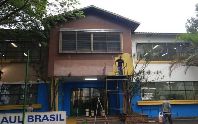 Em Suzano, escola Raul Brasil, onde cinco alunos e duas funcionárias foram assassinados