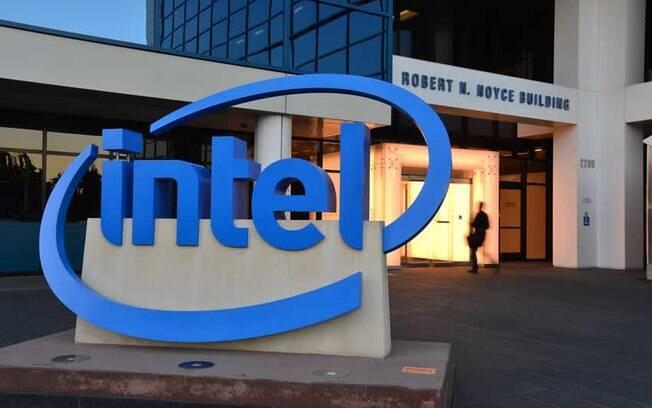 É estimado que todos os chips fabricados pela Intel desde 1995 sofram com o problema