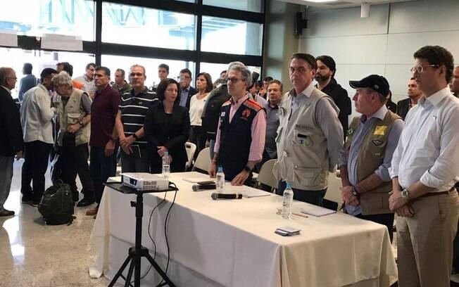Jair Bolsonaro se reuniu com políticos e representantes da Vale após sobrevoo pela região de Brumadinho