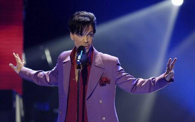A Universal Music é a gravadora responsável pelos direitos autorais do cantor Prince, que morreu em 2016