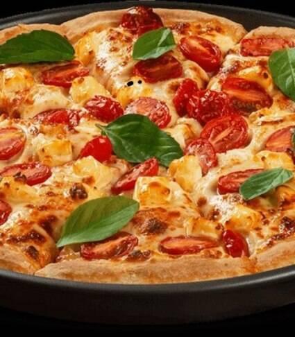 Receita de pizza marguerita com massa caseira