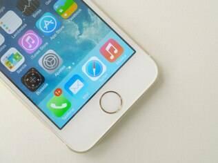 iPhone 5s tem leitor de digitais
