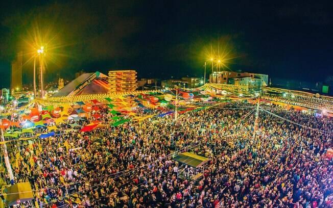 Público prestigia a festa junina de Campina Grande