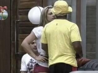 Denise Rocha e Ivo Meirelles discutem