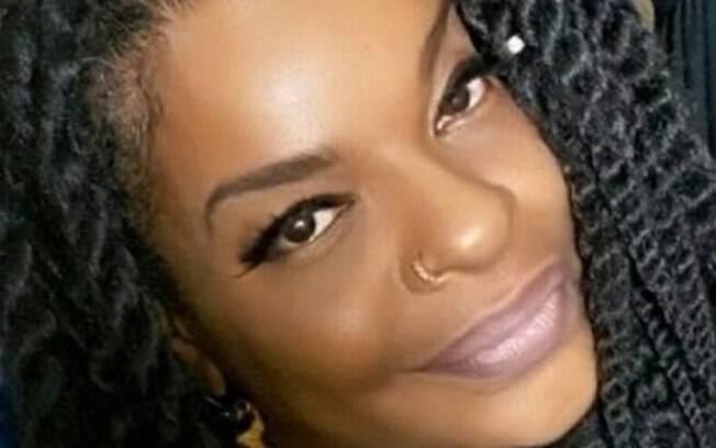 Thulla Melo , cantora