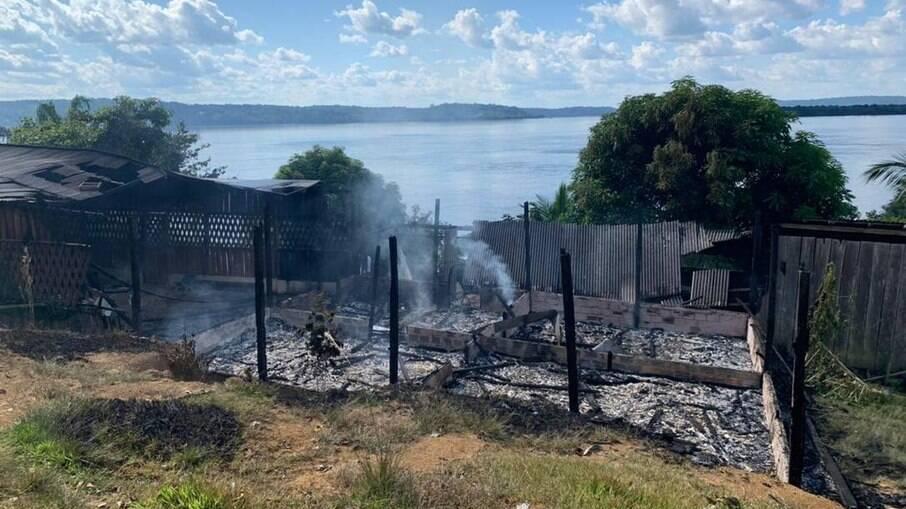Incêndio na casa da liderança Maria Leusa Munduruku tornou a ligar o alerta para a região
