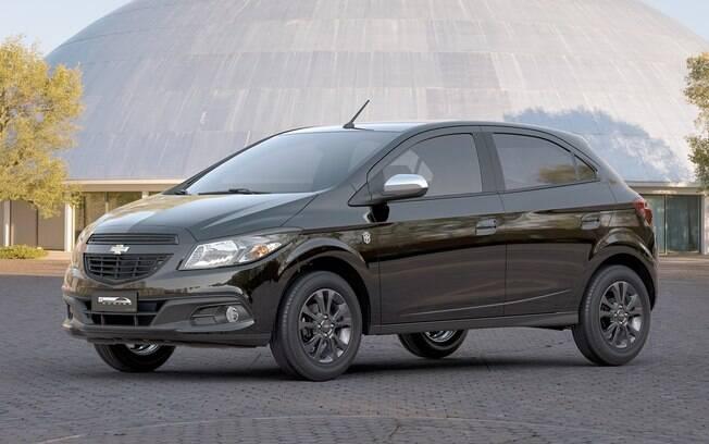 Chevrolet Onix segue na liderança, com quase a soma do segundo e do terceiro: Hyundai HB20 (50.419) e Ford Ka (48.262)