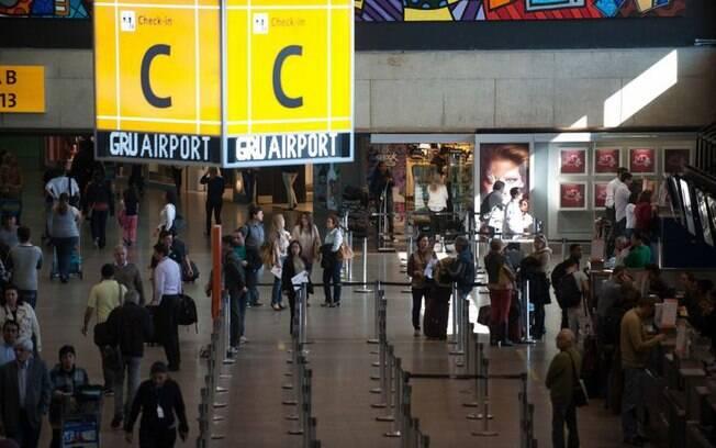 Passageiros enfrentam atrasos no aeroporto de Guarulhos pelo quinto dia seguido