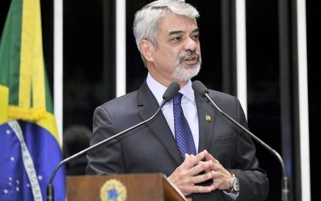 Humberto Costa, senador do PT-PE