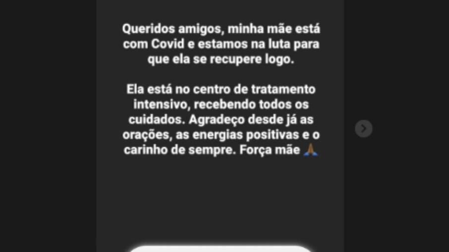 Ronaldinho anunciou em dezembro que sua mãe estava com Covid-19.