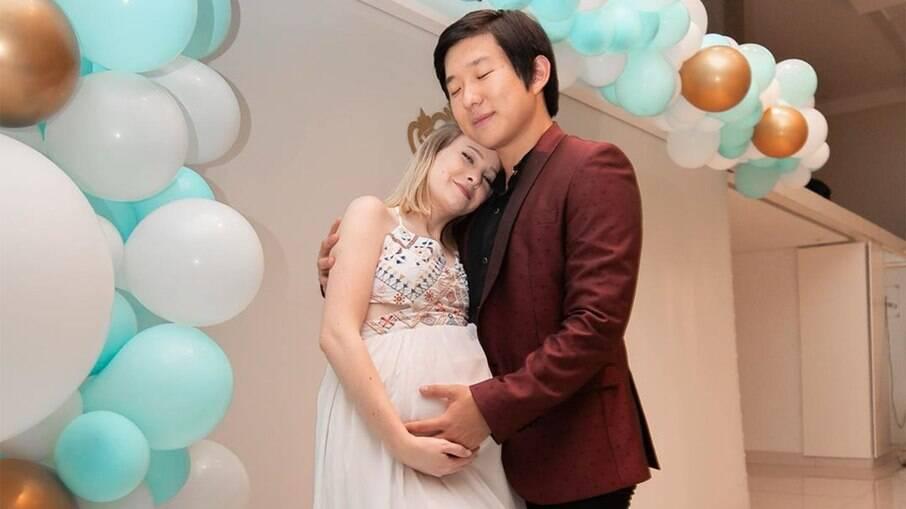 Pyong Lee e a esposa quando estava grávida