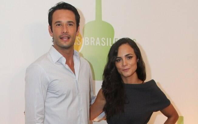 Rodrigo Santoro e Alice Braga viverão par romântico em