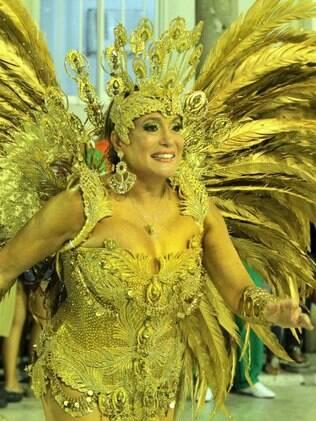 Susana Vieira, rainha de bateria da Grande Rio
