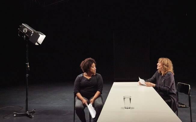 PRETO apresenta questões como a desigualdade racial e social: uma espécie de conferência sobre a realidade do negro no Brasil