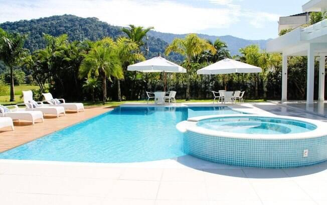 Como ter uma piscina em casa arquitetura ig for Piscinas modelos