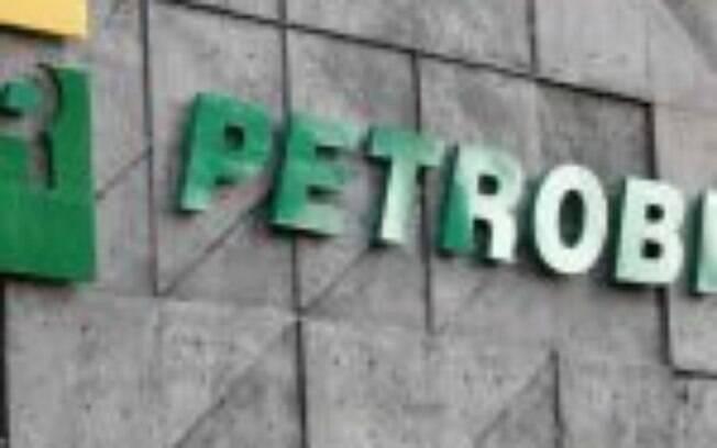 Petrobras (PETR4) reduz preço da gasolina e reduz produção em plataforma afetada pelo Covid-19