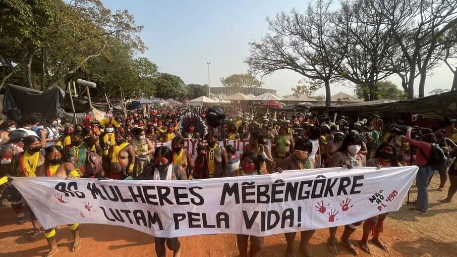 Mais de 5 mil mulheres na II Marcha Nacional das Mulheres Indígenas