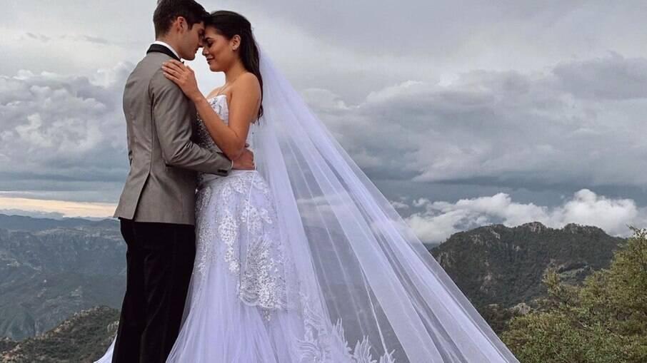 Andrea Meza em ensaio de casamento