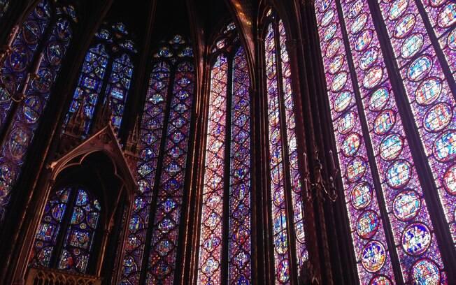 a Sainte Chapelle é um monumento gótico em Paris