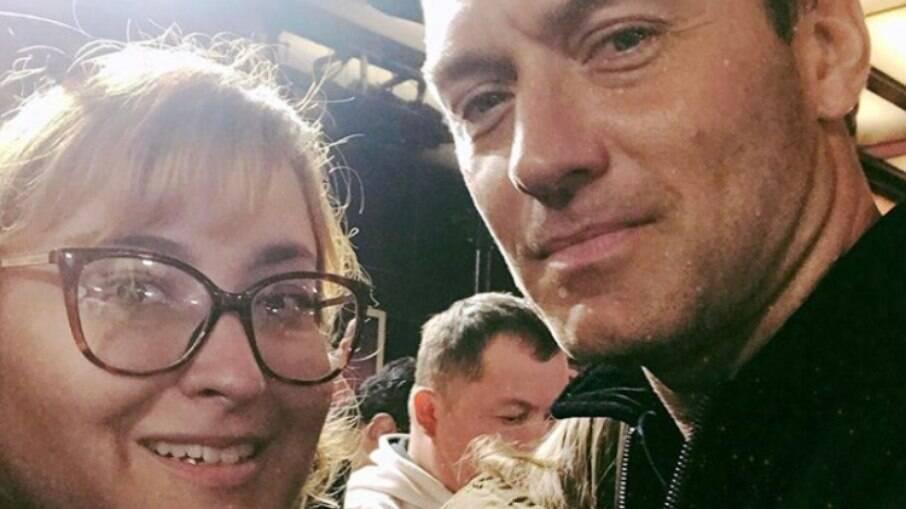 Bruna Freire, 28, conheceu Jude Law duas vezes e todo ano faz festa de aniversário na data em que viu o primeiro filme com ele no elenco