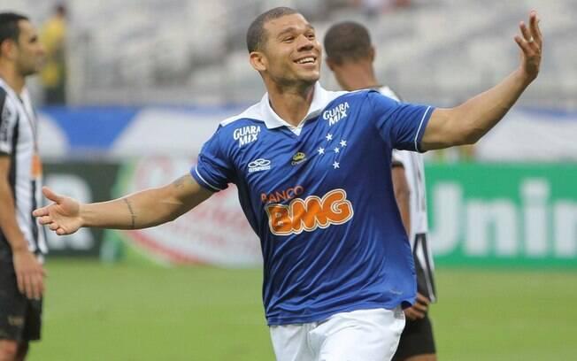 Nilton, volante do Cruzeiro